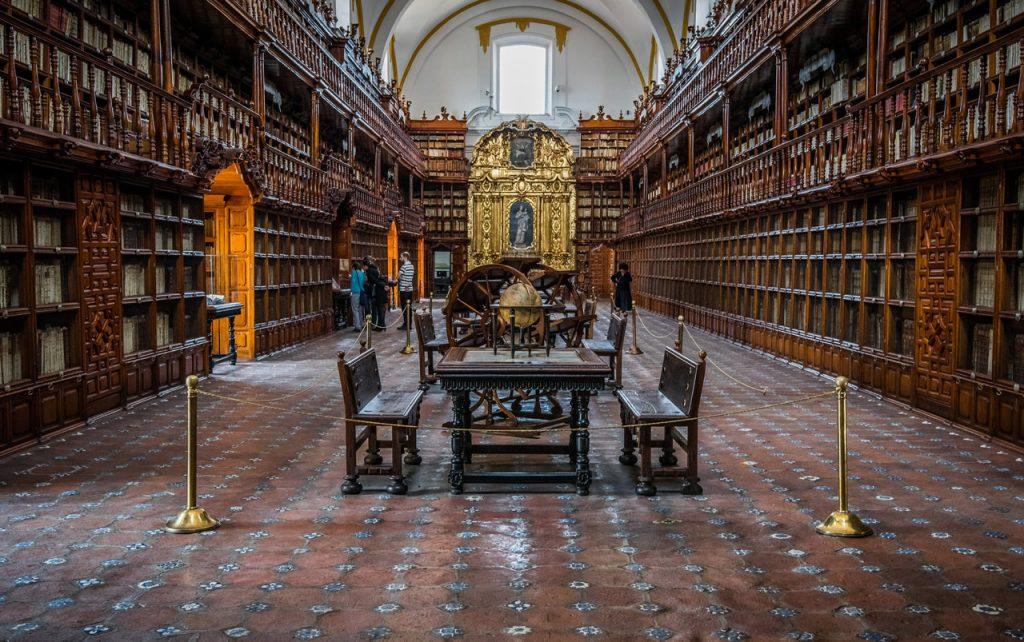 Bibliothèque de Palafoxiana à Puebla au Mexique