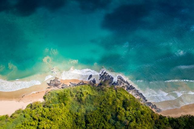 Palawan : une eau limpide, un océan de verdure